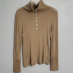 Old navy henley type top size M